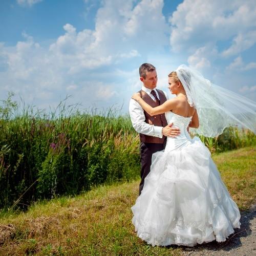 Esküvői fotózás és filmezés | Esküvői fotózás valódi érzelmekkel.