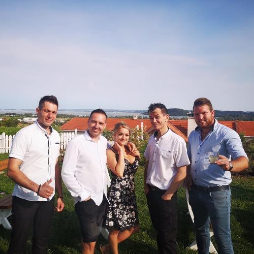 Bulizenekar esküvőre 2021