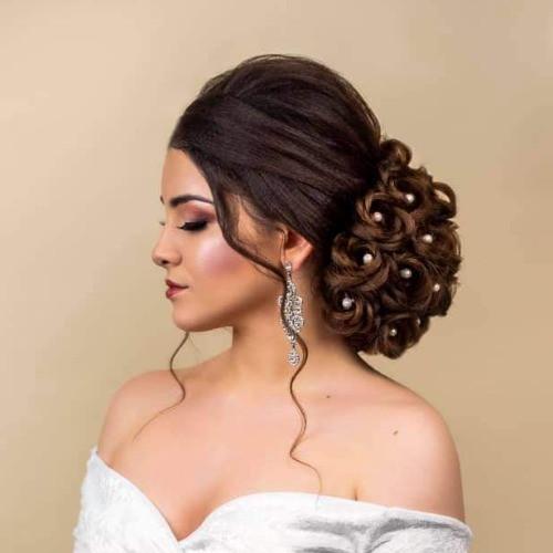 Egyedi Esküvői frizurák