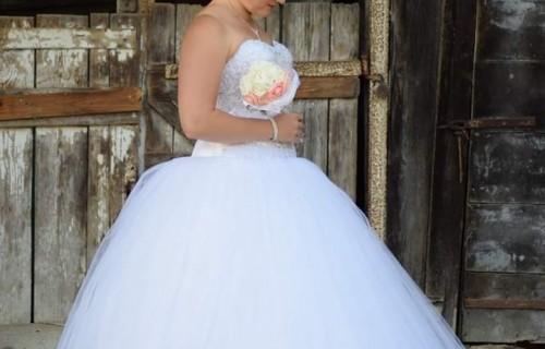Romantika Esküvői Ruhaszalon - esküvői szolgáltató