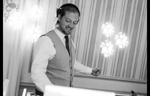 Kiss Attila Esküvő DJ - esküvői szolgáltató