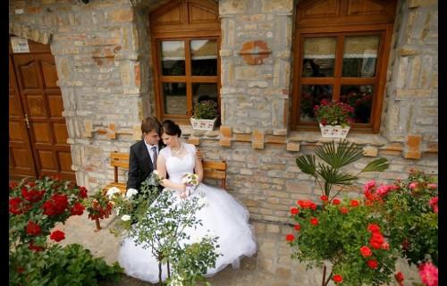 Tandari tanya lakodalmasterem Martonos - esküvői szolgáltató