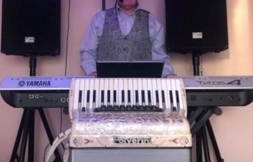 Szekeres Lajos zenész - esküvői szolgáltató