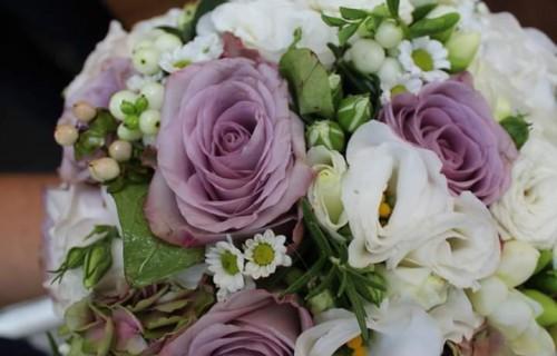 Szalmarózsa Virágüzlet - esküvői szolgáltató