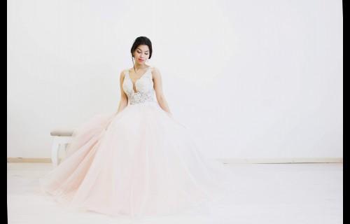 Aurora Szalon -CsigeJuditCouture - esküvői szolgáltató