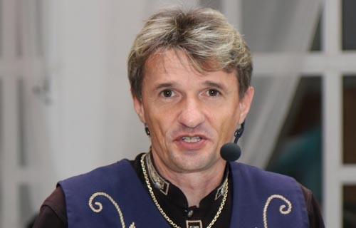 Gyömrő-Molnár Béla nagyvőfély - esküvői szolgáltató