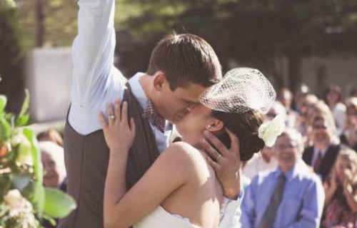 Mámel Anita szertartásvezető, eskető - esküvői szolgáltató