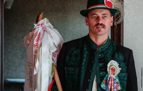 """Onodi Attila """"Vőfély"""" - esküvői szolgáltató"""