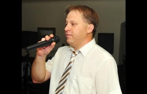 Grósz Krisztián vőfély és ceremóniamester - esküvői szolgáltató