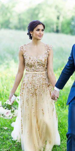 arany esküvői ruha
