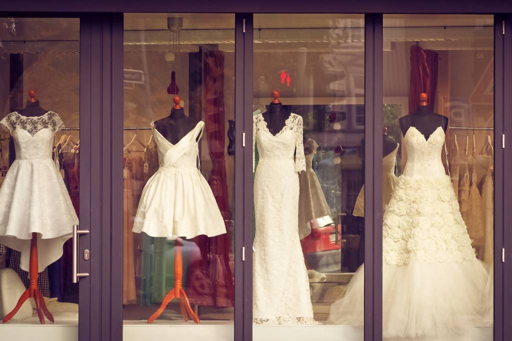 Esküvői ruha, kellékek spórolás
