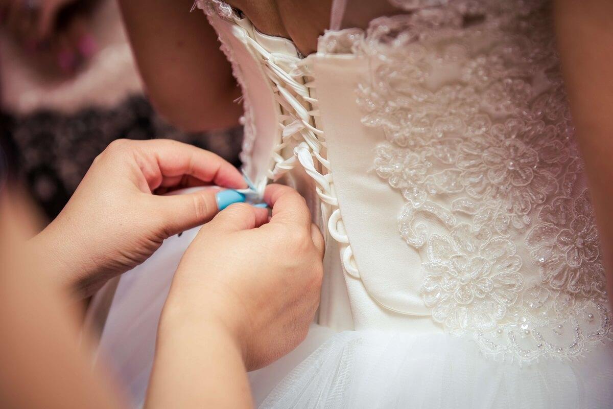 eladó esküvői ruha