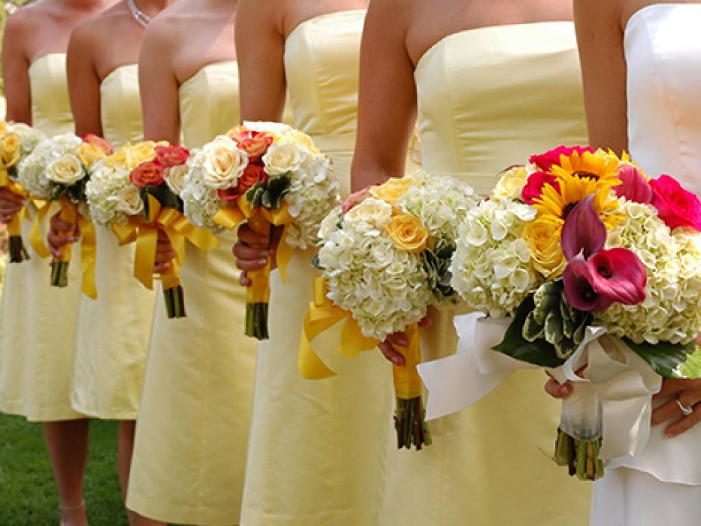 Nyári esküvőt tervezel? Így tedd színesebbé!