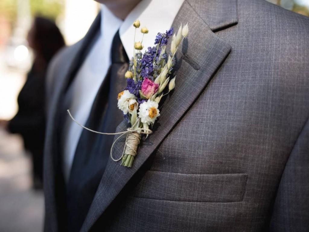 Férfi öltönyök esküvőre, ha eltérnétek a megszokottól