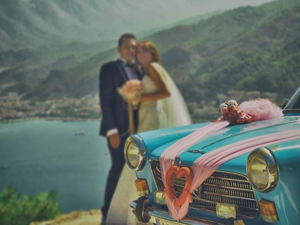 Esküvői autó saját kezűleg díszítve