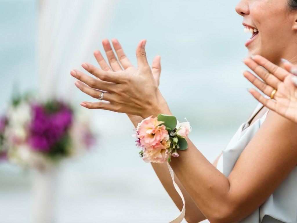 Esküvői csuklódísz nem csak koszorúslányoknak