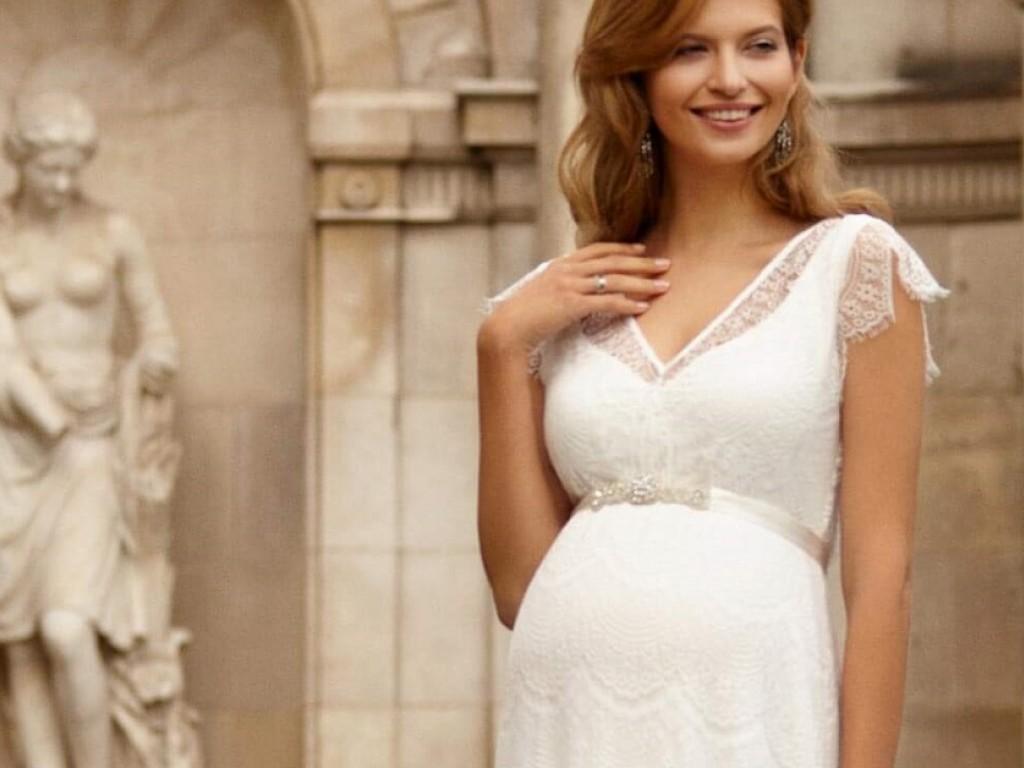 Kismama esküvői ruha kiválasztása