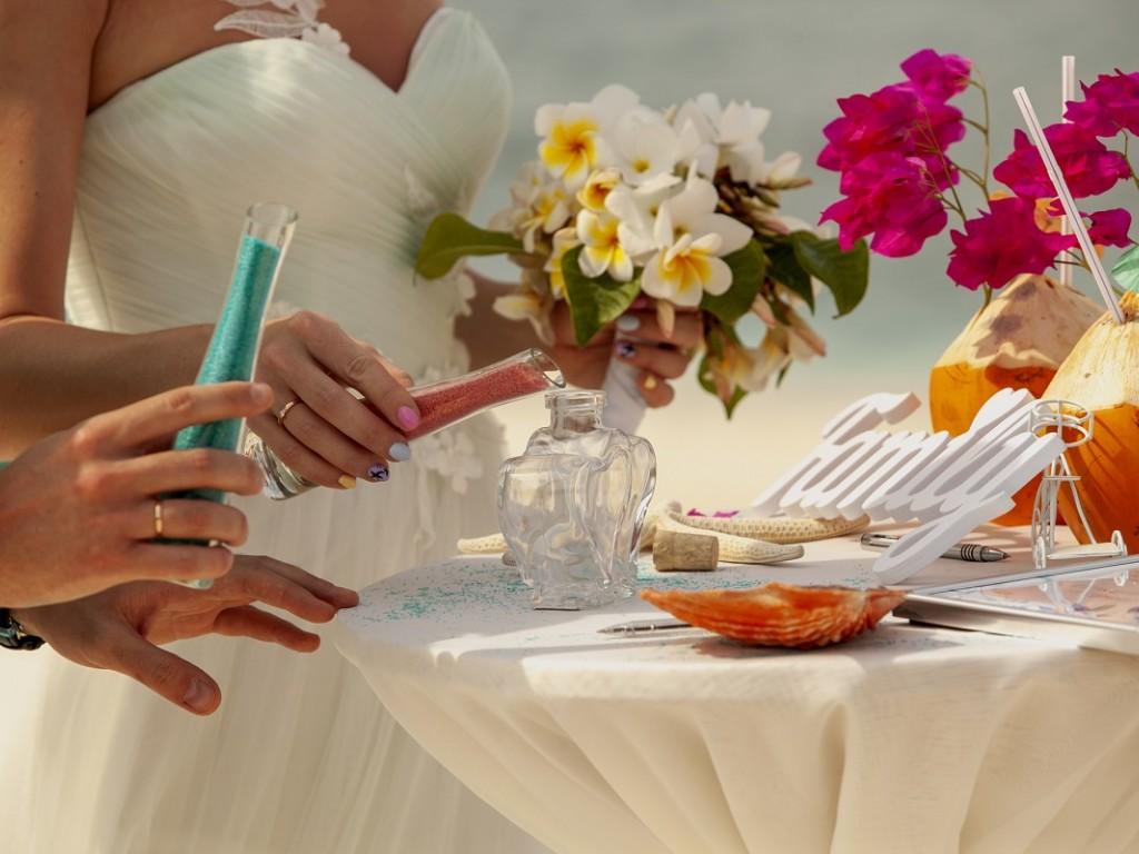 Esküvői elsősegély csomag – Mit vigyél magaddal a Nagy Napra?