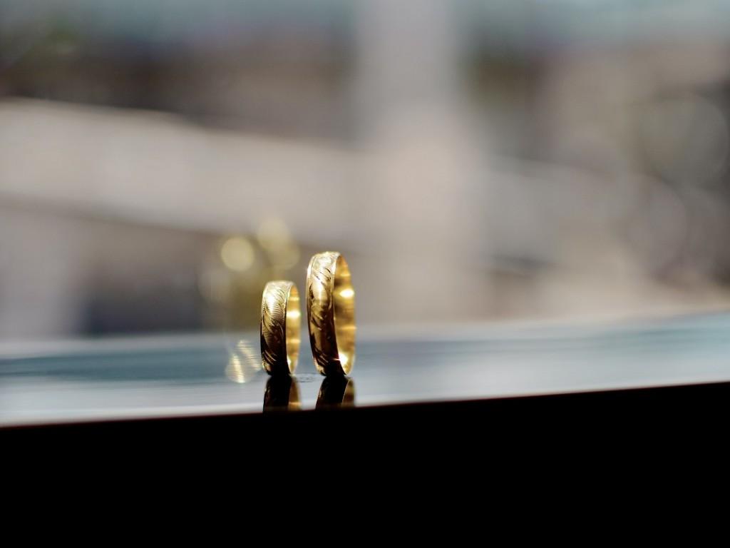Arany, ezüst, nemesacél karikagyűrű? Útmutatónk segít választani!