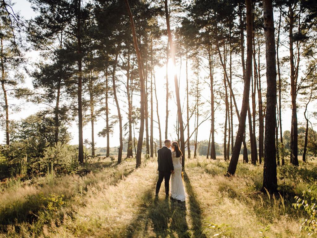 5 szempont, amit fontolj meg erdei esküvő tervezésekor