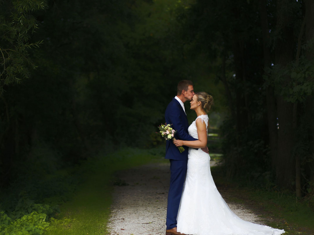 Keresztbe vágja az esküvői programot a koronavírus miatti szigorítás?